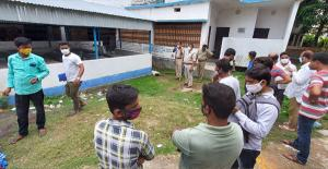 SafeValue must use [property]=binding: রামপুরহাটে তৃণমূল কর্মীর অস্বাভাবিক মৃত্যু (see http://g.co/ng/security#xss)