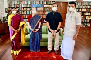 SafeValue must use [property]=binding: সোনিয়া গান্ধী ও রাহুল গান্ধীর সঙ্গে দেখা করে গেলেন তামিলনাড়ুর মুখ্যমন্ত্রী এমকেস্ট্যালিন (see http://g.co/ng/security#xss)