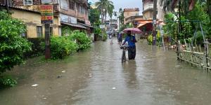SafeValue must use [property]=binding: একনাগাড়ে টানা বৃষ্টির জের, জলমগ্ন সোনারপুর (see http://g.co/ng/security#xss)