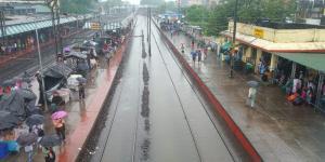SafeValue must use [property]=binding: বারুইপুর স্টেশনের লাইন জলমগ্ন হওয়ায় অনিয়মিত ট্রেন চলাচল লক্ষীকান্তপুর, ডায়মন্ডহারবার শাখায় (see http://g.co/ng/security#xss)