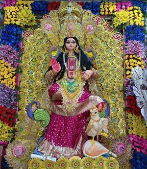 SafeValue must use [property]=binding: আজ কোজাগরী লক্ষ্মীপুজো, বাংলার ঘরে ঘরে শুরু ধনদেবীর আরাধনা (see http://g.co/ng/security#xss)