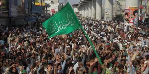 SafeValue must use [property]=binding: পাকিস্তানে কট্টরপন্থীদের সঙ্গে পুলিসের সংঘর্ষ, মৃত ১০ (see http://g.co/ng/security#xss)
