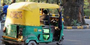 SafeValue must use [property]=binding: মধ্যপ্রদেশে কোটিপতি স্বামীকে ছেড়ে অটোচালকের সঙ্গে পালালেন গৃহবধূ (see http://g.co/ng/security#xss)
